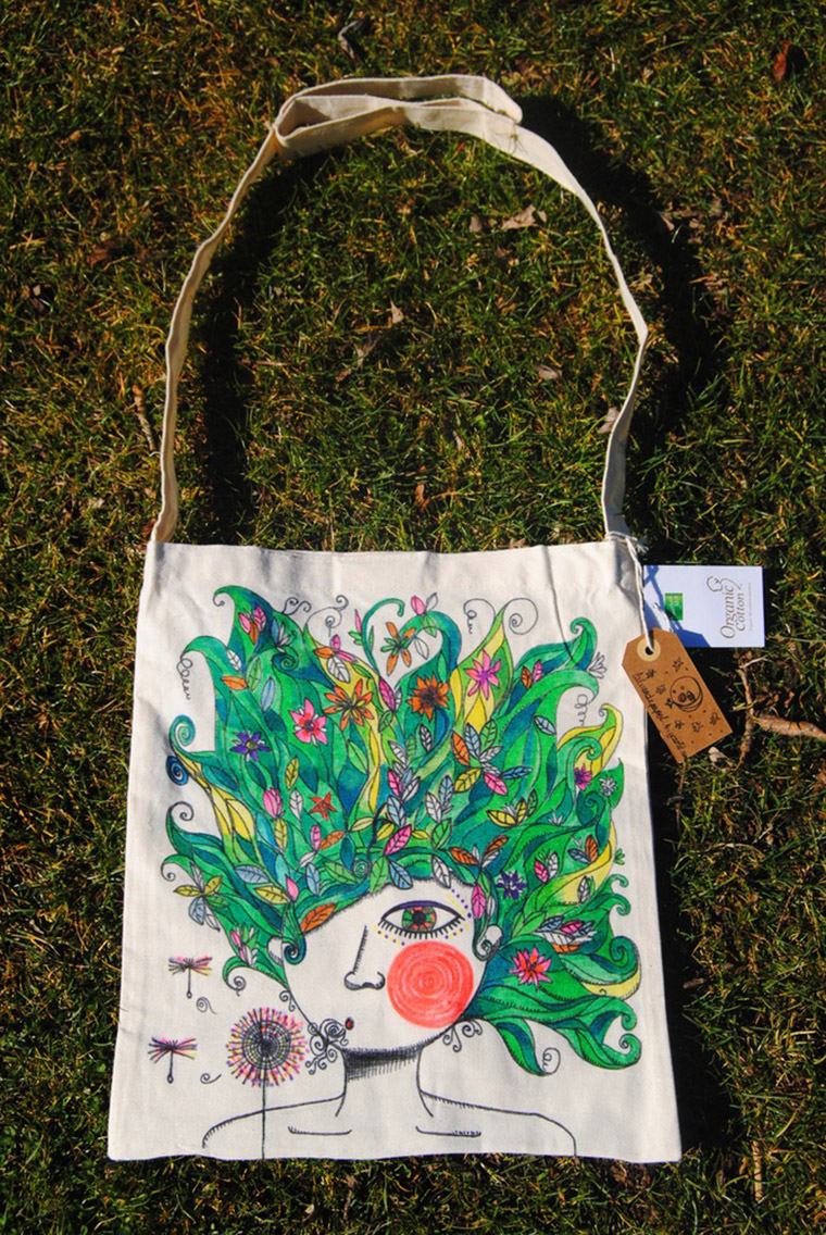 Tote Bag Nature pintada a mano por Laura GBécares